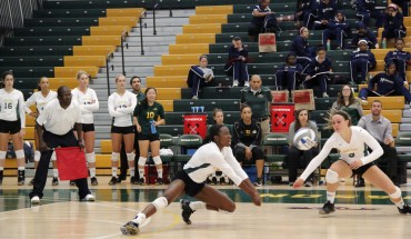 Despite playing a close match, Mason's women volleyball fell in 4 sets to Georgetown (Amy Rose/Fourth Estate)