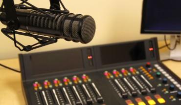 RoseAmy_RadioEquipment1