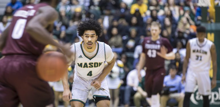 The Men's Basketball game against Fordham  during Homecoming 2016.  Photo by:  Ron Aira/Creative Services/George Mason University