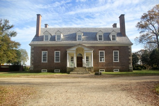 Gunston Hall was home to founding father George Mason. Even though Mason questioned the morality of slavery, he never freed his own slaves and instead left them to his children. (Amy Rose/Fourth Estate)